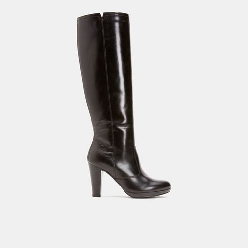 Picture of KNEE-HIGH BOOTS WITH HEELS